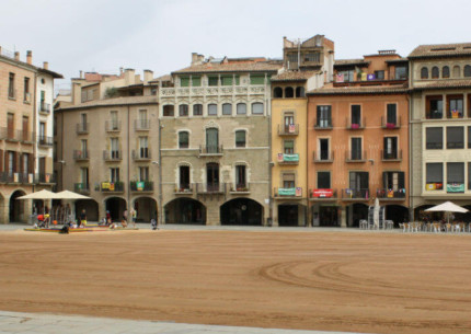 COOLTUR Turisme Cultural - Vic - Plaça Major de Vic